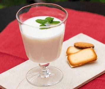 白汁 SHIROJIRU 口コミ ファビウス 甘酒 しろじる 白い汁 ブログ 飲み方 牛乳割