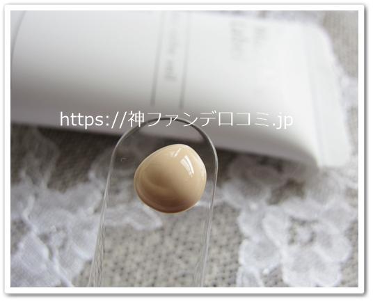 神ファンデ―ション 口コミ 美容液ファンデ jimos マキアレイベル 効果 ブログ テクスチャー3